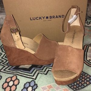 ✨NWT! Lucky Brand wedge
